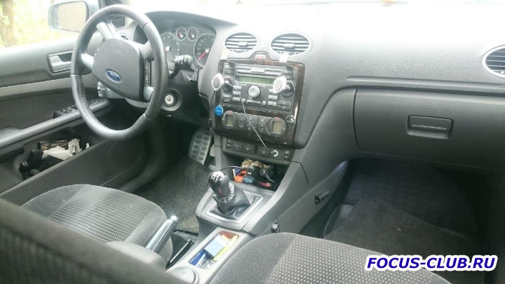 [Москва] Продаю Ford Focus II Хэтч, 5 дв. 1.8 MT Серебристый, немецкая сборка - 2015 10 16 Фокус (14).JPG