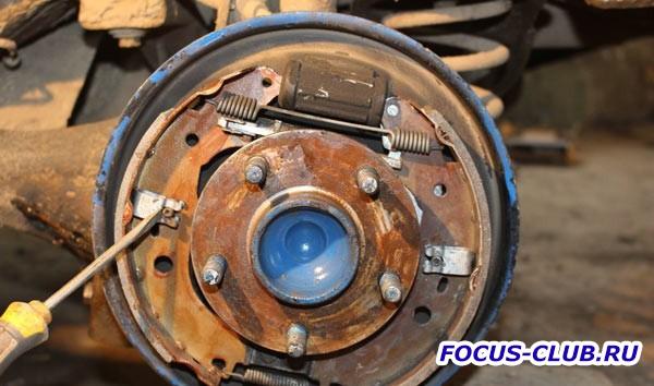 Замена задних барабанных тормозных колодок на Focus 2 - 113.jpg