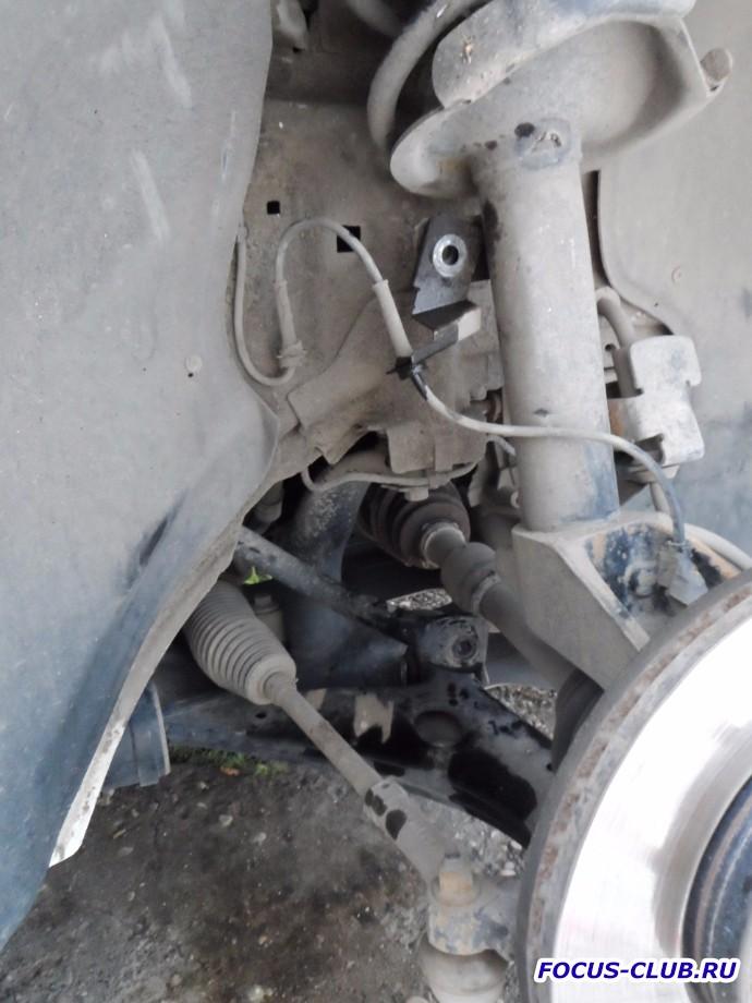 Замена передних стоек стабилизатора Focus 2 - b42640cs-960.jpg