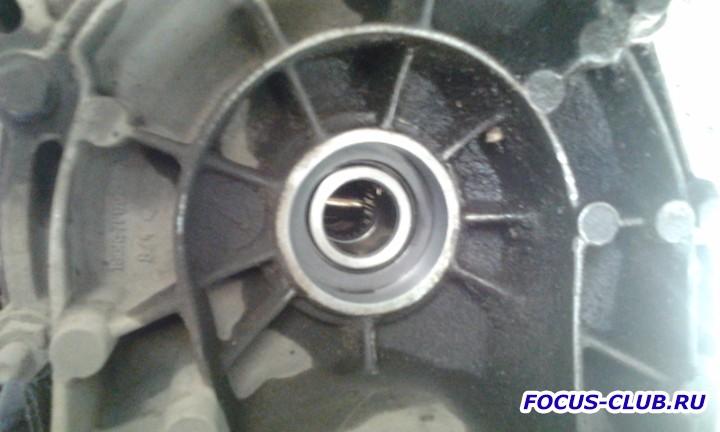 Замена ступичного подшипника и заодно сальника КПП на Focus 2 - 0519.jpg
